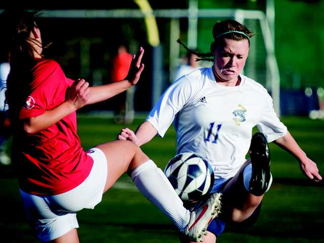 Wildcats girls soccer uses magic to win wild card