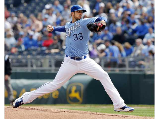 Kansas City Royals pitcher James Shields, a Hart High alumnus, delivers to a Chicago White Sox batter in Kansas City, Mo. on Sunday.