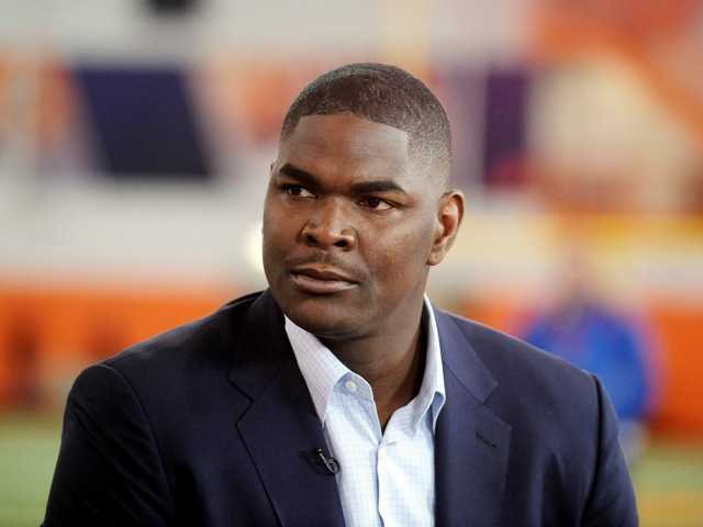 Keyshawn Johnson arrested in domestic dispute