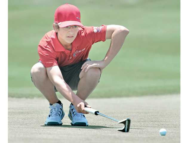 Hart wins Foothill golf title