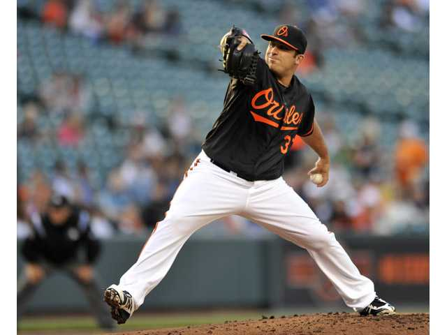 Former College of the Canyons pitcher Dana Eveland was called up to the Majors with the New York Mets on Sunday.