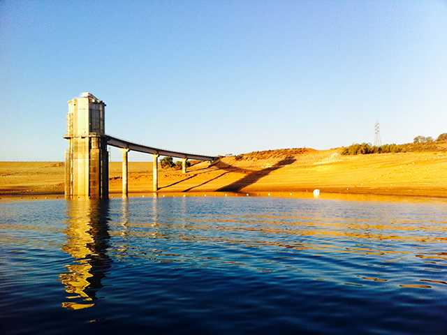 The intake tower stands tall above the sinking water level of Castaic Lake. John Ragsdale / Courtesy Photo