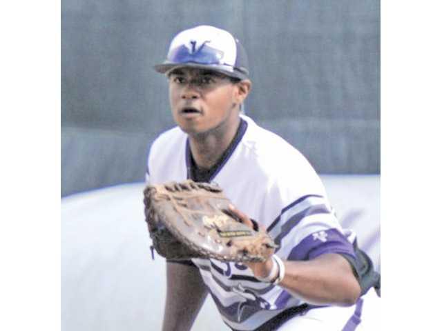Valencia first baseman Devin Davis was named a 2014 Louisville Slugger High School All-American.