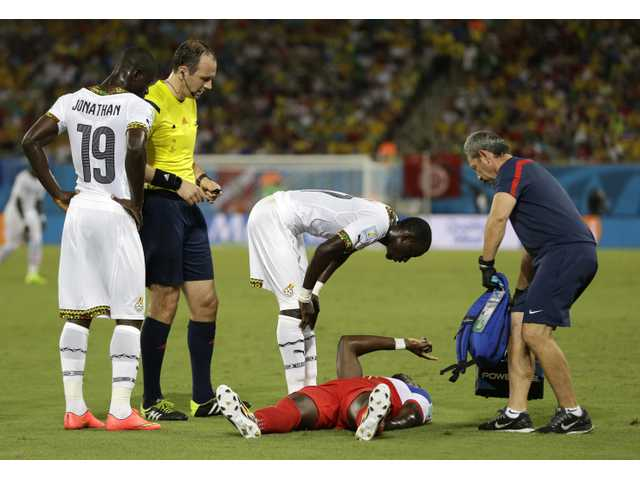 Jozy Altidore probably won't be playing on Sunday against Portugal due to his strained left hamstring.