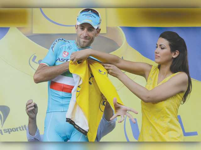 Tour leader Nibali: Doping belongs to cycling past