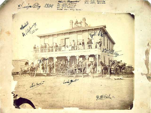 Valencia man's photograph could lead to an Old West windfall