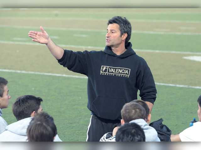 Tony Scalercio won two Foothill League titles, in 2001 with the girls team and 2013 with the boys team. Signal file photo