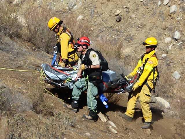 UPDATE: Three dead in crash north of Santa Clarita