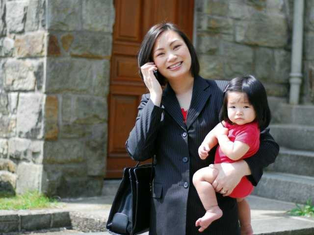Things you should never say to working moms