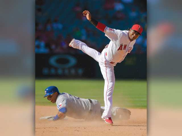 Angels prep for playoffs in 2-1 loss to Texas