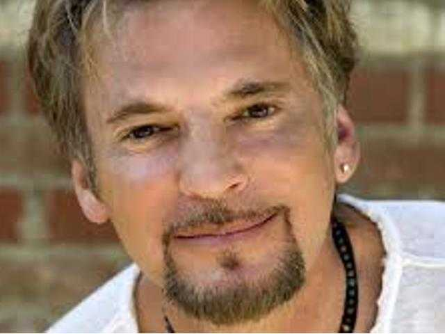 Tickets still available to Kenny Loggins concert