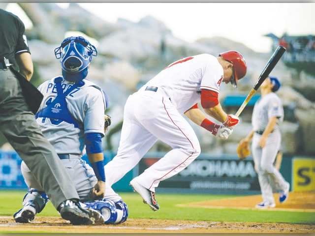Los Angeles Angels drop game one to Royals