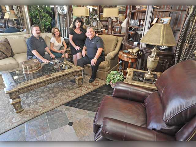 Merveilleux From Left, Jeff, Erica, Pat, And Doug In Traditional Living Room Inside ...