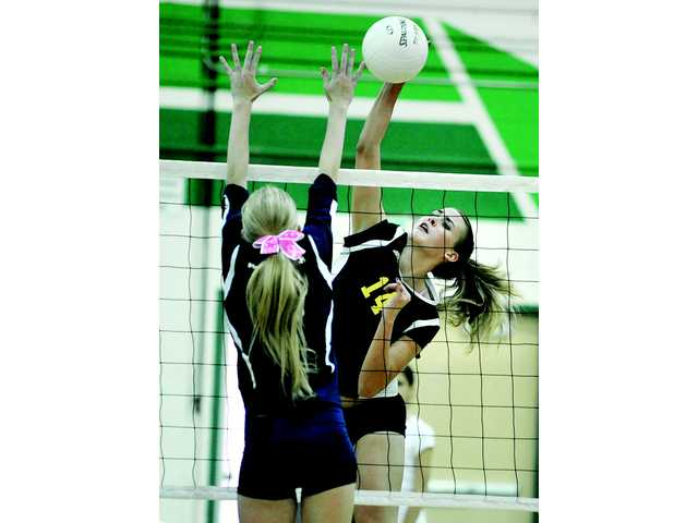 Foothill volleyball roundup: Canyon takes big step