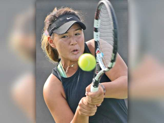Foothill tennis roundup: Hart holds off Saugus