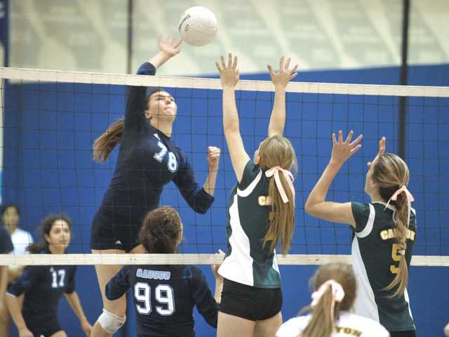 Foothill volleyball roundup: Saugus, West Ranch both sweep