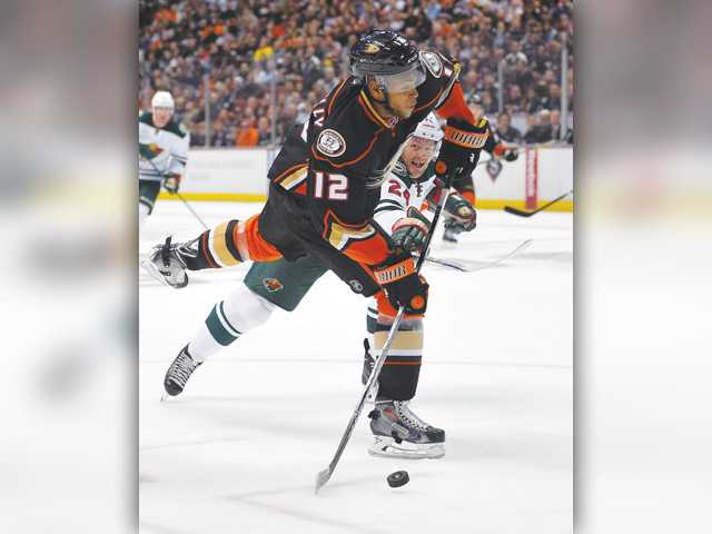 Ducks rally past Wild for 4th straight win
