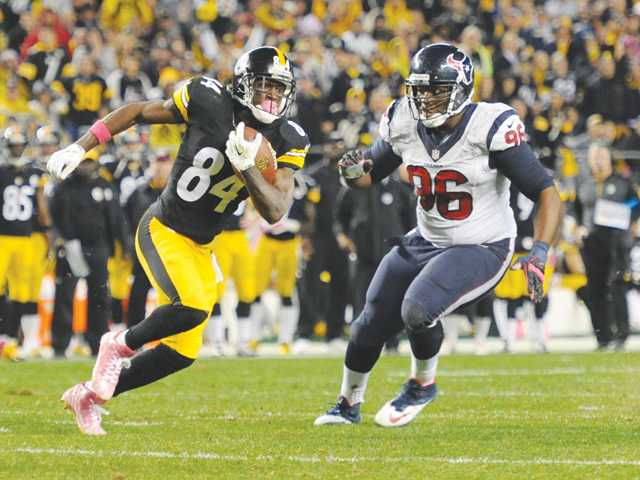 Steelers rally past stunned Texans