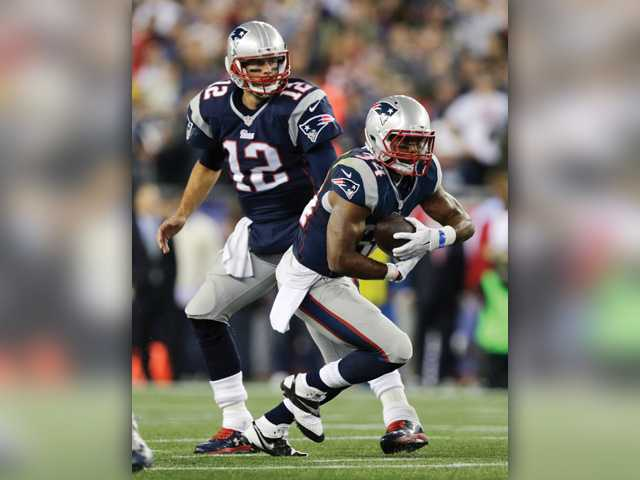 Vereen brothers to face off on the gridiron Sunday