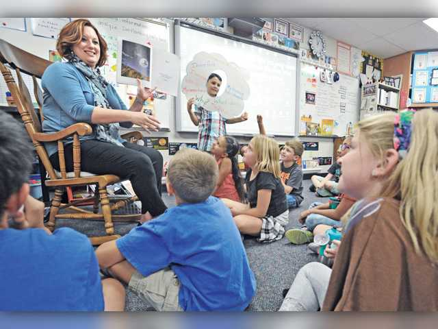 Castaic teacher wins county Teacher of the Year award