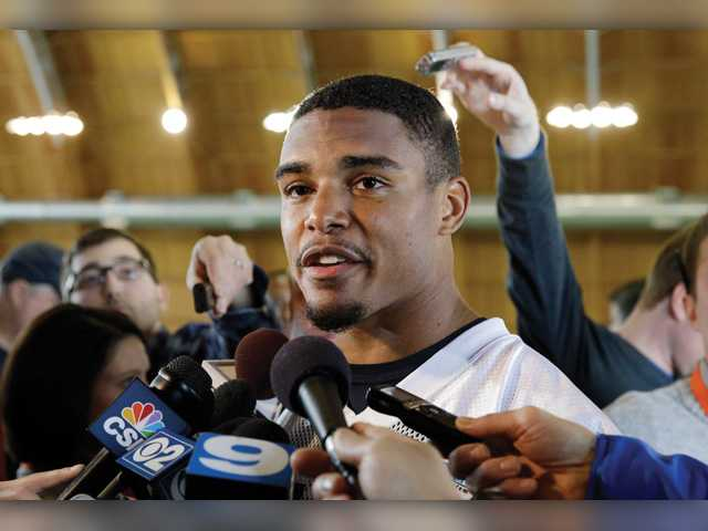 Valencia high graduate Vereen brothers to face off Sunday