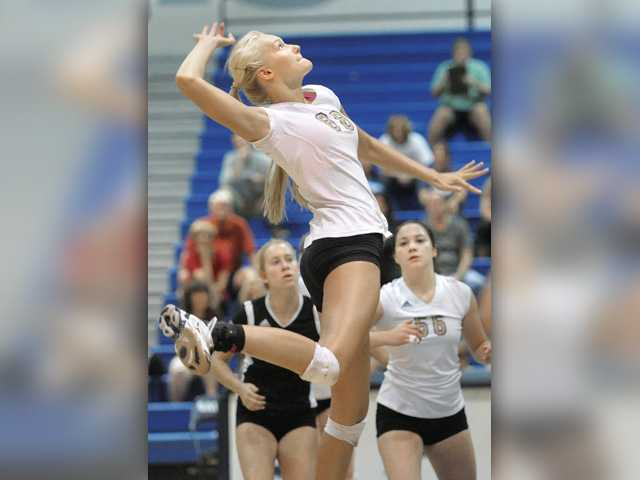 Foothill volleyball roundup: Valencia, Hart and Canyon win