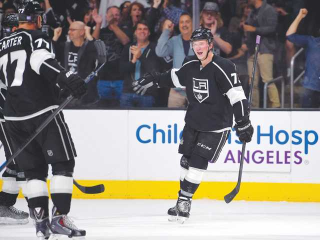 Kings beat Blue Jackets to sweep homestand