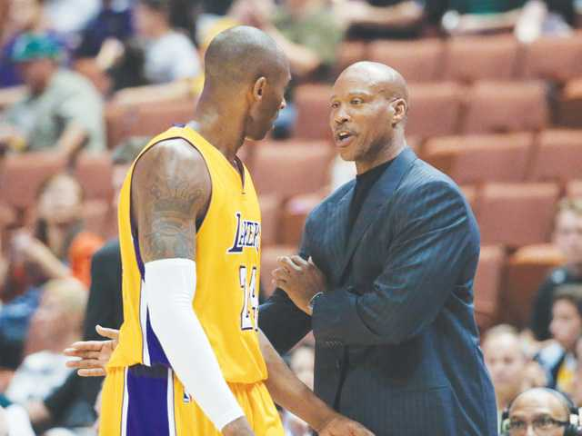2014 Lakers preview: Kobe returns for uncertain season