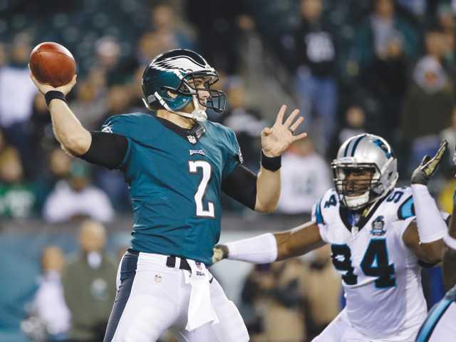 Mark Sanchez-led Eagles rout Panthers