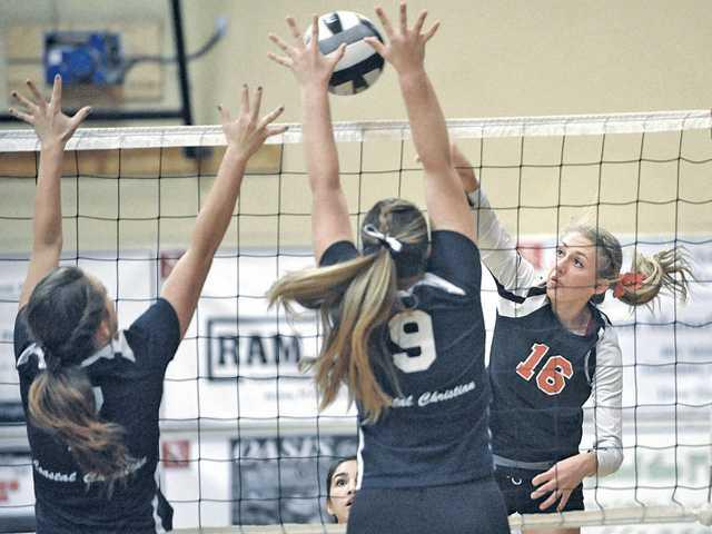 SCCS volleyball avoids trap, advances to quarterfinals