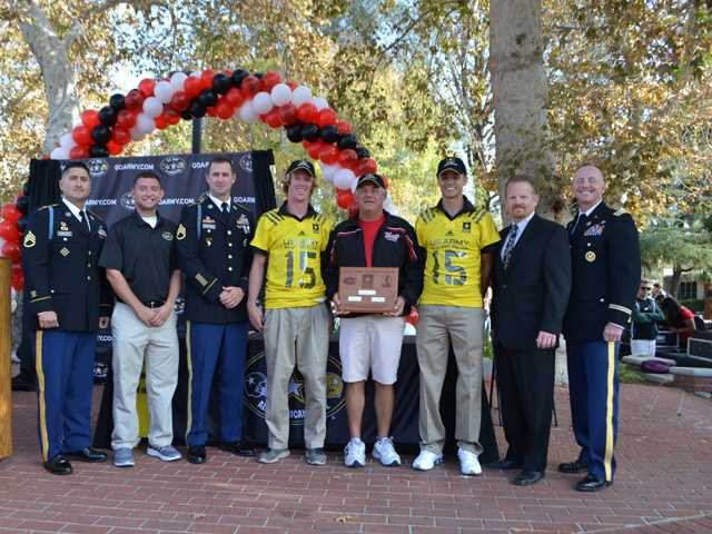 White, Irwin to represent Hart at All-American Bowl