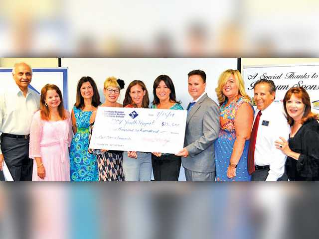 Santa Clarita realtors  support Youth Project