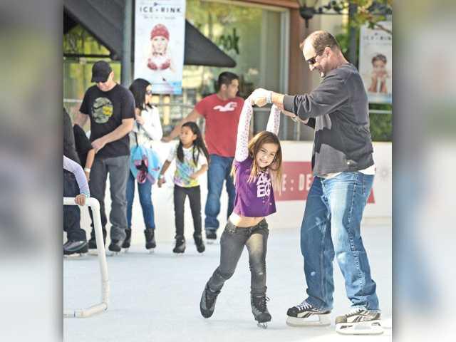 SCV residents break the ice