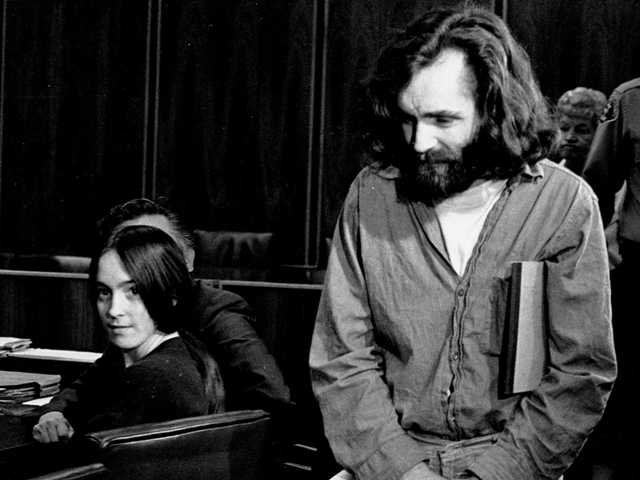 AP Exclusive: Charles Manson gets marriage license