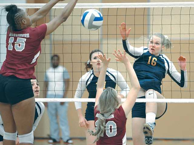 COC volleyball closes out regular season strong