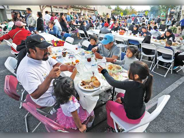Newhall's traditional Thanksgiving Feast hits hurdles