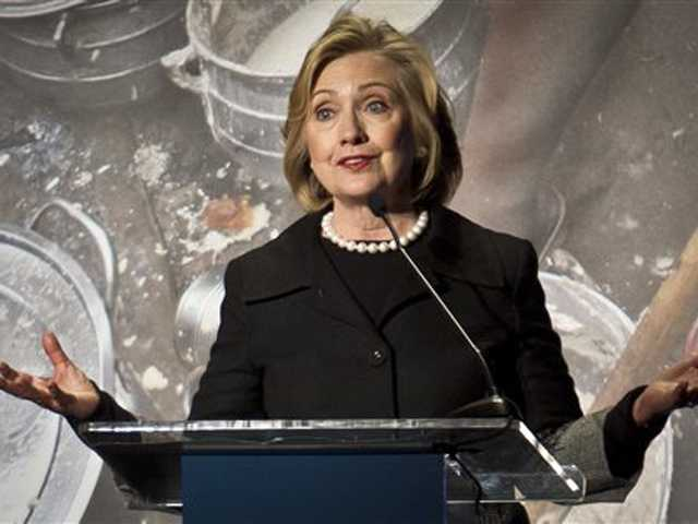 Hillary Clinton backs Obama immigration move