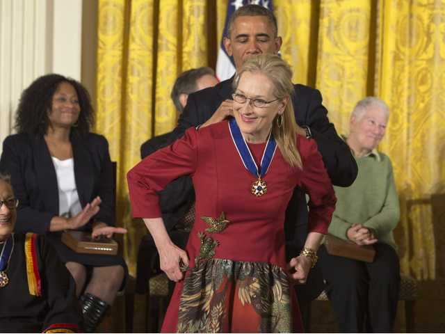Obama awards Presidential Medal of Freedom to 18