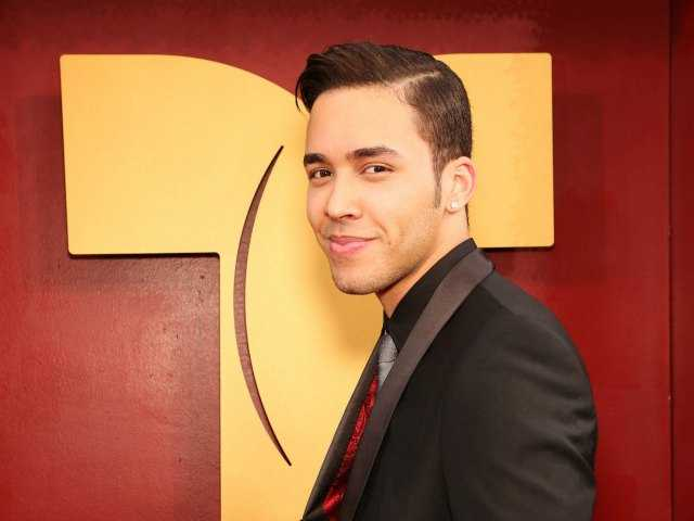 Latin pop star hopes to cross over