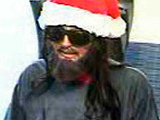 FBI seeks bank robber in Santa hat, fake beard