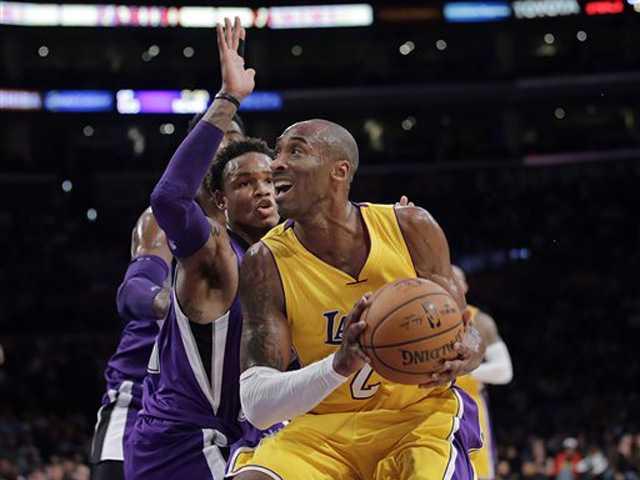 Kobe leads Lakers' rally past Sacramento