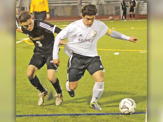 Valencia soccer gets goals quick and fast