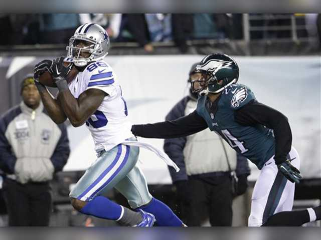 Bryant has 3 TD catches, Cowboys beat Eagles 38-27