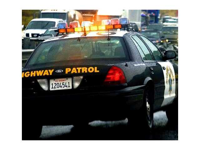 Man dies following crash on Interstate 5