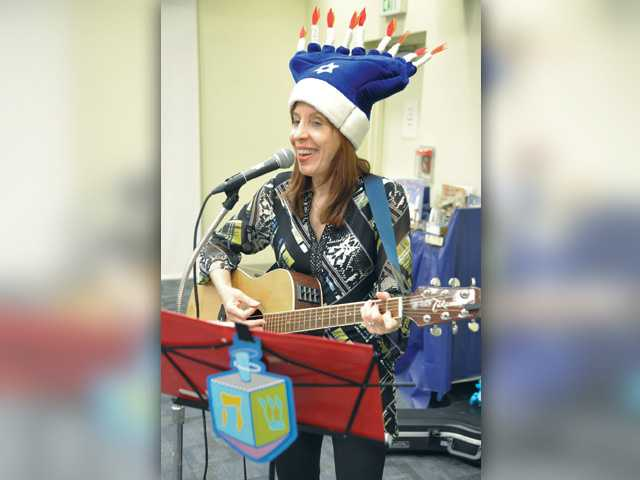 Canyon Country library holds Hanukkah Storytime