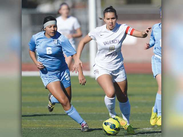 Valencia girls fall in semifinals of Hart Soccer Showcase