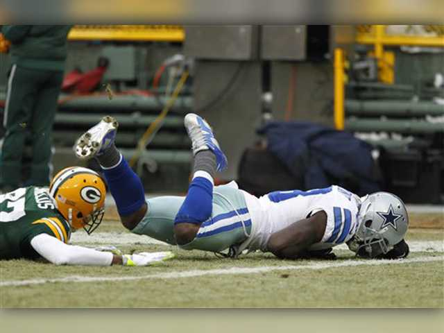 Packers rally to beat Cowboys 26-21