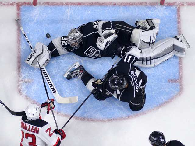 Kings fall to Devils in 2012 Stanley Cup rematch