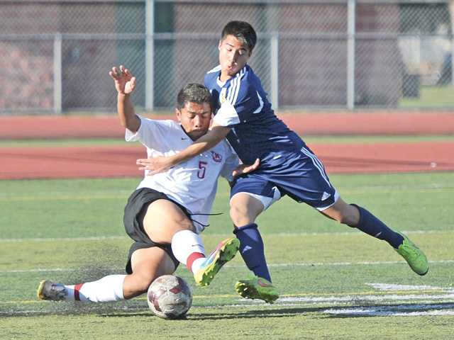 Hart soccer refuses to budge on West Ranch