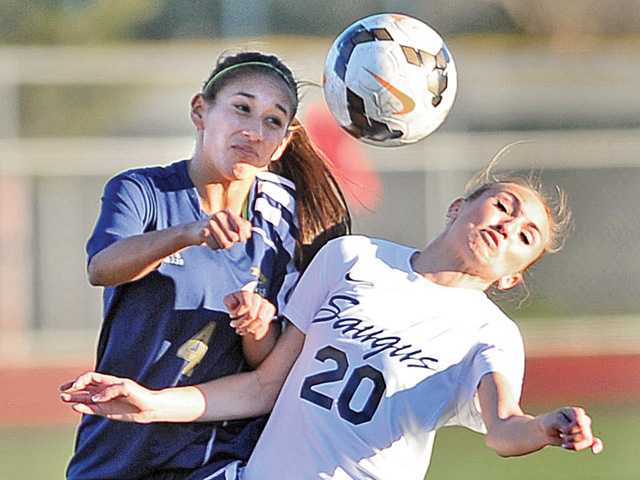 West Ranch, Saugus girls soccer play to a draw